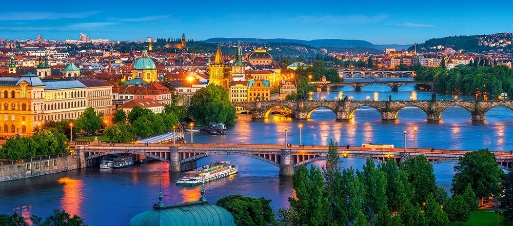 Prague at Night - 600pc Jigsaw Puzzle By Castorland  			  					NEW