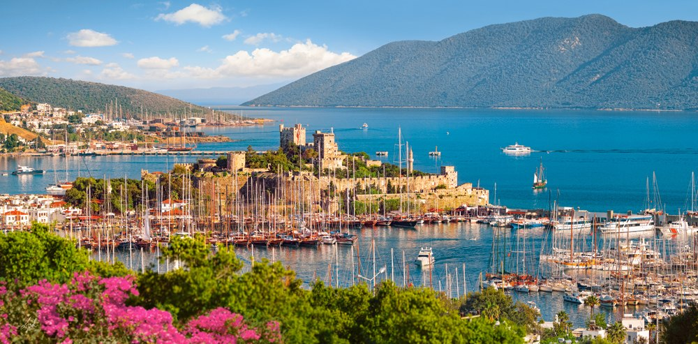 Bodrum Marina, Turkish Riviera - 4000pc Jigsaw Puzzle By Castorland