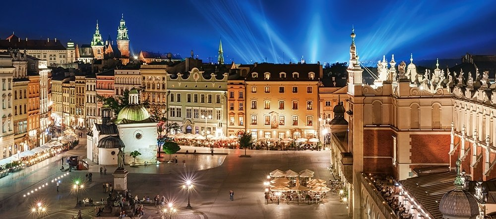 Krakow Main Square at Night - 600pc Jigsaw Puzzle By Castorland  			  					NEW