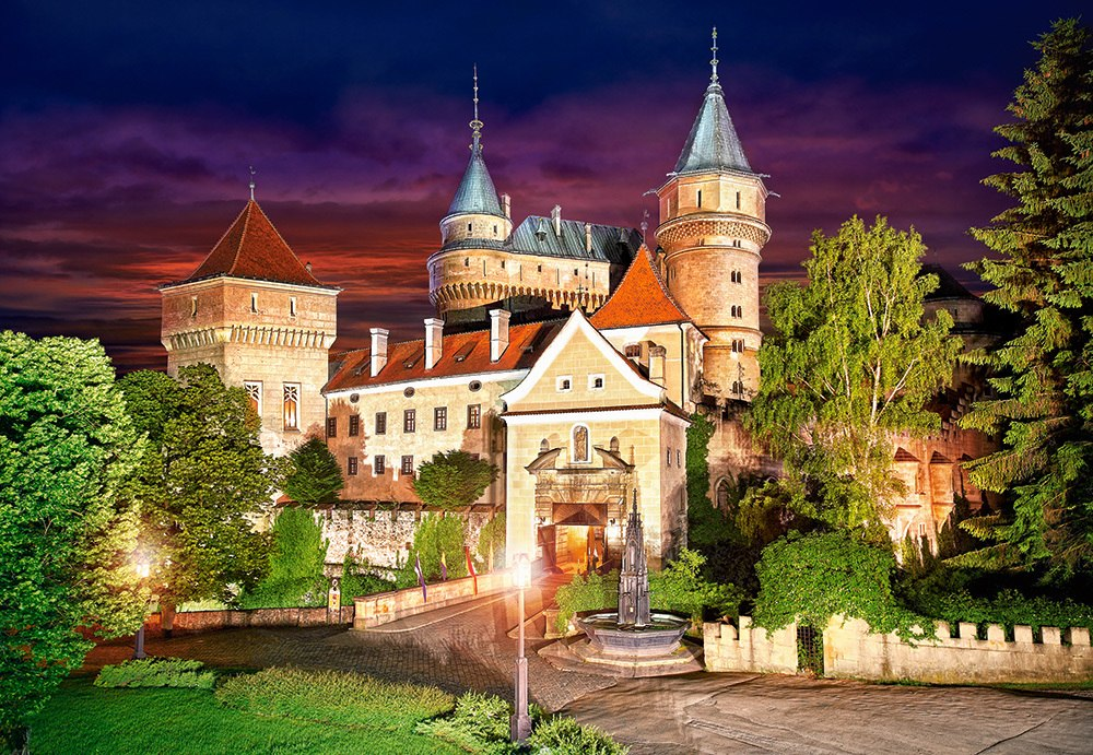 Bojnice Castle at Night - 1000pc Jigsaw Puzzle By Castorland